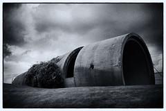 (duesentrieb) Tags: blackandwhite bw monochrome germany concrete deutschland europa europe pipe schwarzweiss wolfsburg beton röhre niedersachsen tumblr