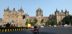 Mumbai / Bombay (nicnac1000) Tags: panorama india station colonial stevens victorian railway unescoworldheritagesite unesco worldheritagesite bombay maharashtra mumbai vt victoriaterminus cst 1887 chhatrapatishivajiterminus centralrailways  frederickwilliamstevens
