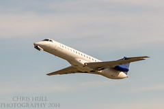 Chautauqua Airlines Embraer E145 (chrishullphotography) Tags: nc airport charlotte jets airplanes planes embraer chautauqua chautauquaairlines e145 charlottedouglasairport