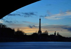 Natural view on Eiffel Tower (AlPekone) Tags: sunset sky paris france monument beautiful seine architecture clouds river french landscape la nikon europe tour riviere eiffeltower eiffel toureiffel paysage coucherdesoleil voute laseine merveilledumonde