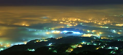 Glazed clouds (Singer ) Tags: sea sky mist mountain fog clouds composition sunrise canon lights hill taiwan expose singer layer taipei        oneshot f63 nightscenes   seaofclouds   70mm        iso640           canon6d  canonef2470mmf28liiusm   29sec  singer186       glazedclouds    seaofcloudsonthecitylights
