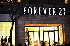 Forever21 Store Canada (bargainmoose) Tags: canada shop shopping logo store montreal canadian storefront stores logos shoppers shopper