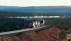 BNSF 6744, WB, W. EAGLE NEST, AZ 3-20-14 (TRAINFLAMES) Tags: train az ge freight bnsf kcs scurve eaglenest emd transcon es44c4