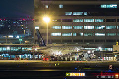 "Itami Airport at night 2017.3.16 (2) JA711A / ANA's B777-200 with ""STAR ALLIANCE"" logo (double-h) Tags: omd em10markii omdem10markii lumixgxvariopz45175mmf4056asphpowerois ja711a ana 全日空 b777 b777200 staralliance スターアライアンス specialpainting 特別塗装 rjoo itm osakaairport itamiairport 大阪空港 伊丹空港 airplane 飛行機 伊丹スカイパーク itamiskypark"
