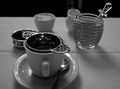 Tea Service (pjpink) Tags: gryphon tearoom tea historicdistrict scad savannah georgia ga february 2017 winter pjpink blackandwhite bw monochrome