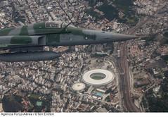F-5EM sobre o Maracan (Fora Area Brasileira - Pgina Oficial) Tags: brazil fab brasil riodejaneiro brasilien estadio maracana brsil aeronave foraareabrasileira forcaaereabrasileira estdiojornalistamriofilho brazilianairforce brasilo f5em interceptacao fotoeniltonkirchhof