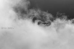 B732 swirls (Fabster44) Tags: travel viaje airplane fly costarica tail flight wing jet engine landing airline passenger boeing takeoff turbine pilot spotting airliner avion 737 vuelo turbina livery aterrizaje despegue volar aeronautica 732 sjo aerolinea 737200 pasajero aeronave mroc