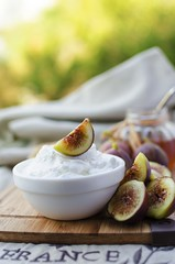 Breakfast: low fat goat cheese, figs and honey (Curly Courland) Tags: food fruit cheese breakfast season table dessert fig fat low seasonal tasty gourmet honey served diet dairy serving goatcheese figs foodphoto foodphotografy