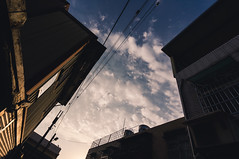 Sony Nex 5N SEL1018 (Ethan) Tags: street sunset sky cloud iso200 sony taiwan bluesky snap fade alpha countrylane f8 taoyuan 15mm nex 11250s nex5n sel1018 vision:mountain=0758