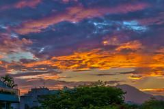 HDR sunset (Raysa Lima) Tags: sunset pordosol nature colors brasil riodejaneiro skyline hdr