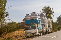 3000l on top each, Amhara Region, Ethiopia (Ulrich Münstermann) Tags: africa city car truck transport streetlife cargo lorry transportation afrika ethiopia overloaded isuzu amhararegion አማራ
