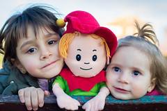 CM (Santi R. Muela) Tags: family portrait zeiss t 50mm bokeh f14 sony contax carl mf alpha yashica cy a7 planar ilce7