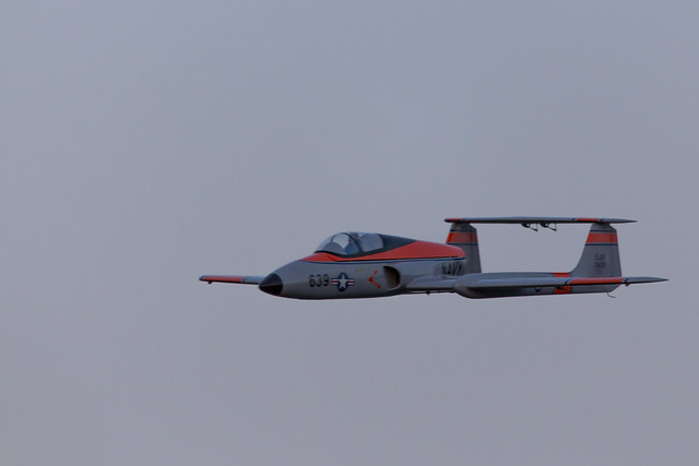 Phil flying the Elan