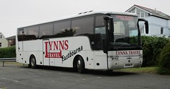 Vanhool Alizee bodied Scania K380EB4 SX09LYN in Cowes 13 July 2015 (IslandYorkie) Tags: buses isleofwight cowes coaches singledeckers scaniabuses vanhoolalizee busesinthesouthofengland busesontheisleofwight vanhoolbody sx09lyn scaniak380eb4 lynnstraveleastbourne coachesontheisleofwight