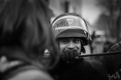 Le regard (Monsieur Gina) Tags: flickrunitedwinner