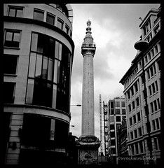 The Monument (wrecksandrelics) Tags: monument spiralstaircase doric ancientmonument themonument greatfireoflondon viewfromthemonument