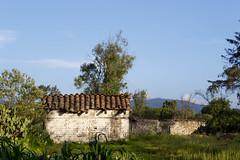 Chignahuapan_20130808_0182 (Juan Manuel Bautista Hoepfner) Tags: house muro wall architecture tile mexico countryside casa adobe piedras tejas chignahuapan