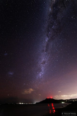 20130810-03-Milky Way and  Mt Rumney navigation lights.jpg (Roger T Wong) Tags: sky night stars nocturnal australia tasmania hobart 7milebeach astromony canoneos6d samyang14f28 samyang14mmf28ifedumc