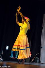 _MG_7439 (Virgil Kapel) Tags: red portrait music woman black art dance galen native belize indian performance caribbean creole suriname mestiza paramaribo universit carifesta galenuniversity