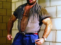 melkerbluse - milker-shirt (Marsum) Tags: burly buff butch brawny muscled hairychested stocky swissfarmer schweizerbauer melkerbluse bulligerbauer