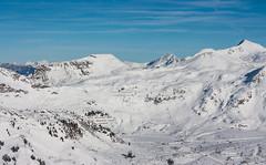 Blick ins Skigebiet vom Zehnerkar (Kretzsche93) Tags: schnee winter sun snow ski alps salzburg austria österreich powder fresh alpen obertauern ist der sonne wo blick vom januar hause ins zu kaiserwetter 2014 winterurlaub skigebiet neuschnee traumwetter zehnerkar