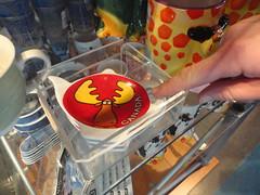 Trinkets for sale at Skylon Niagara Falls (Roberrific) Tags: niagarafalls skylon