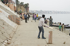 varanasi ghat cricket (Seakayem) Tags: india game sport 35mm play sony cricket varanasi f18 slt ganges ghat uttarpradesh a55 shivalaghat