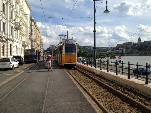 ブダペストのペスト地区散策(旧市街散策のオプショナルツアー)
