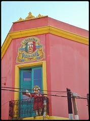 DSC01091 Caminito de las mil ventanas. (marialuz_fernandez) Tags: door window argentina ventana puerta buenosaires colours sony colores laboca openairmuseum caminito museoalairelibre dscw125