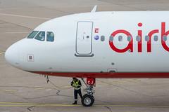 Air Berlin Airbus A321-211 D-ABCJ (854251) (Thomas Becker) Tags: berlin plane germany de airplane