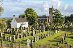 Cemetery - Stirling (matt6992) Tags: voyage travel cemetery landscape scotland europe pierre mort stirling paysage arbre eglise cimetiere pelouse herbe tombe ecosse