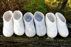 2015.08.07. hahtuvatossut bling x3 002m (villanne123) Tags: felted knitting forsale slippers 2015 finnwool huovutettu neulottu tossut hahtuva neulotut hahtuvatossut villanne