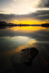 Couchant sur la Saône (Stéphane Sélo) Tags: france lyon pentax pentaxk3ii saône ain barque blending coucherdesoleil eau fleuve glace ice landscape paysage river rivière sunset water