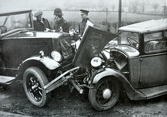 1930's Prang.... (colinfpickett) Tags: cars car 1930s smash crash accident motors vehicles damage