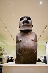 Hoa Hankananai'a @ The British Museum | London, England (apwong) Tags: uk england london unitedkingdom britishmuseum moai easterisland