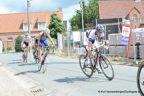 Minderhout (241)