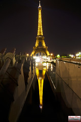 Tour Eiffel, par christian-picard.fr (Christian Picard) Tags: en paris france tower beautiful night french temple la photo yahoo google nikon photographie tour image expression eiffel images christian reflected reflet le belle jolie lumi nuit picard dans naturelle photographe lumiére superbe savigny d90 2013 77176 lexpression