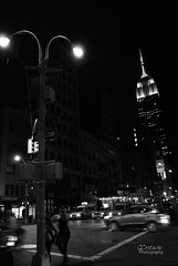 (GCostache) Tags: street city family people bw building cars car night photography lights spring amazing warm couples empirestatebuilding nosleep waliking lovecouples