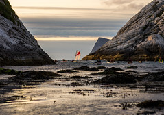 Midnight sun kayaking outside Hillesøy (Snemann) Tags: light people nature norway night coast kayak kayaking atsea midnightsun tromsø coastlines troms sigma70mmf28exdgmacro pentaxk5