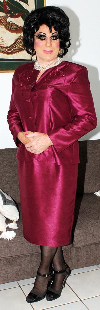 Transvestite skirt suit