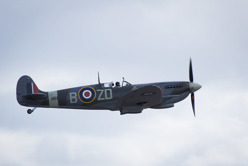 "Flying Legends 2015 • <a style=""font-size:0.8em;"" href=""http://www.flickr.com/photos/25409380@N06/19817561951/"" target=""_blank"">View on Flickr</a>"