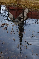 P1060691 März Reflection (Traud) Tags: deutschland germany bavaria bayern reflection spiegelbild church kirche teich pool feuchtbiotop garten gartenteich