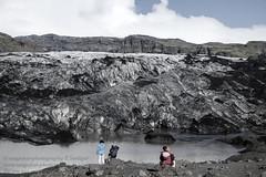 Gletscher Solheimajökull bei Skogar (Agentur snapshot-photography) Tags: 2015 iceland island glacier gletscher gletschereis gletscherzunge highland highlands hochland gletscherzungen landschaft landschaftsaufnahme landschaftsaufnahmen gebirge berge sehenswürdigkeit sehenswürdigkeiten tourismus touristen personen besucher reisen skogar vik isl