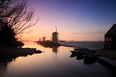 20161220-Canon EOS 6D-1720 (Bartek Rozanski) Tags: leidschendam zuidholland netherlands windmill grondzeiler traditional dutch water stompwijk reflection channel greenheart groenehart holland nederland boat