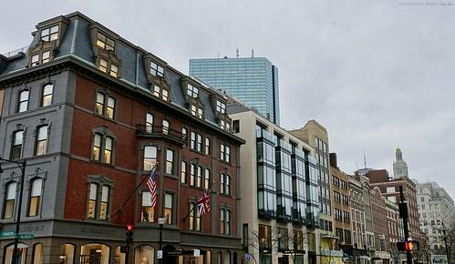 "Newbury Street, Boston • <a style=""font-size:0.8em;"" href=""http://www.flickr.com/photos/52364684@N03/33197314515/"" target=""_blank"">View on Flickr</a>"
