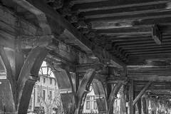 Mirepoix le couvert de la maison des consuls. (ChristianLeduc) Tags: 09 2017 ariége bastide france hiver midipyrénées mirepoix occitanie