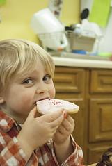 """The best cookie ever, mom!"" (grilljam) Tags: seamus 4yrs winter pejepscotdayschool valentineparty february2017 preschool"