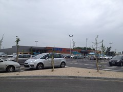 Rue Joseph Cugnot - 22 mai 2013 (Joue-les-Tours) 3 (Padicha) Tags: auto new old bridge france water grass car station electric truck river french coach ancient automobile eau indre may police voiture ruine cher rest former 37 nouveau et loire quai franais nouvelle vieux herbe vieille ancienne ancien fleuve nationale vehicule lectrique reste gendarmerie gazon indreetloire franaise pave nouveaut vhicule utilitaire restes vgtalise letramdetours padicha