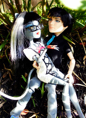 Jackson/Purr Outside Bonus 2 (MistrallaMilky) Tags: monster high signature jackson basic jekyll werecat purrsephone werecats