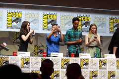 Alison Brie, Ken Jeong, Danny Pudi & Gillian Jacobs (Gage Skidmore) Tags: california brown dan nicole community san comic ken diego jim center international convention danny jacobs gillian yvette brie alison con rash harmon mckenna chri jeong pudi 2013